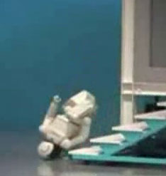 Asimo gaffe when climbing up stairs