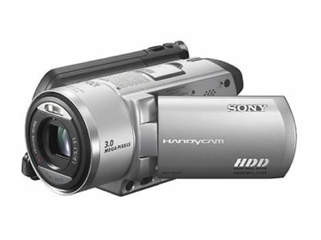 Sony's DCR-SR100 camcorder uses hard drive for storage