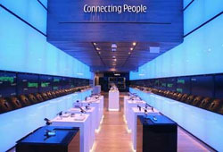 Nokia flagship store opens in Chicago