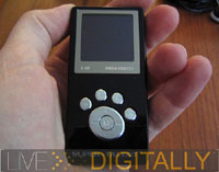 Super Talent 2GB MEGA Screen MP3/FM/Recorder Player