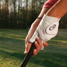 Bionic Golf Glove gives more control