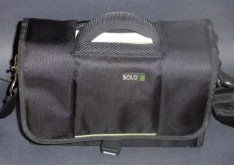 Solo CheckFast Netbook Instant Messenger Bag