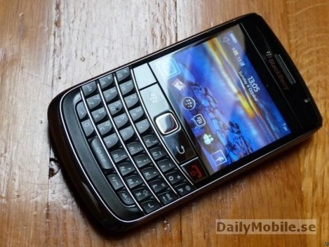 BlackBerry 9700 Onyx in the wild