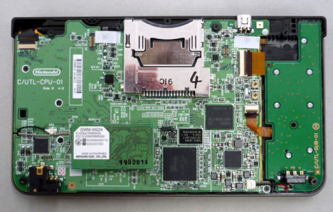 Nintendo DSi LL Dissected