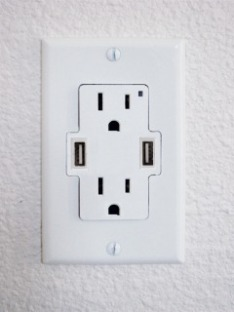 USB Wall Charger With Plug Points