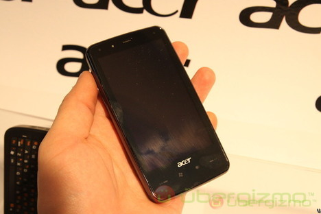 Acer DX900, F900, M900 and X960 Hands-On