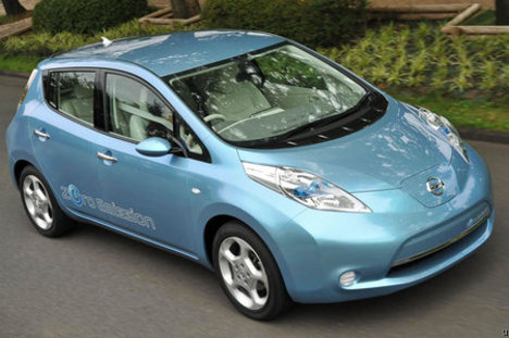 nissan leaf Can Electric Cars Go Mainstream?