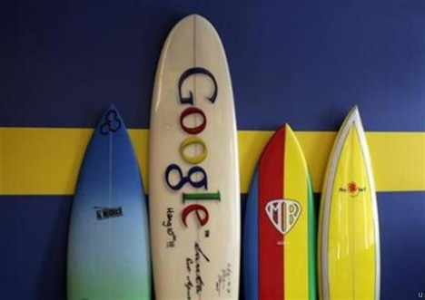 Google employees get 10 percent rise in 2011