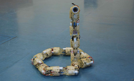Robot snake is one enemy not to be trifled with