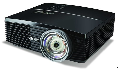 Acer S5200 video projector goes 3D