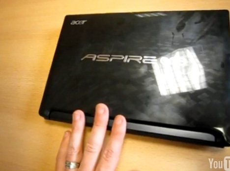 Acer Aspire One D260 Caught On Video