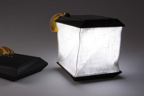 Solar-powered Collapsible Lamp Lights Up When Unfolded